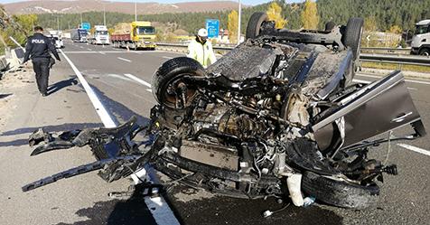 Trafik-kazalarında-yine-ocaklar-söndü-2