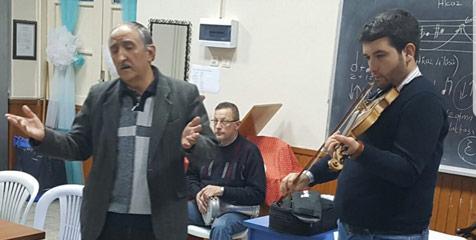 Türk-Sanat-Müziği-konserine--2